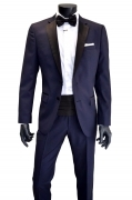 HUGO BOSS SMOKING UOMO REGULAR FIT CON DETTAGLI IN SETA COLORE BLU ROYALE TG. 50